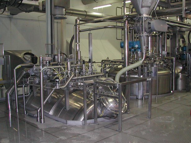 Two-stage batch-cooking plant